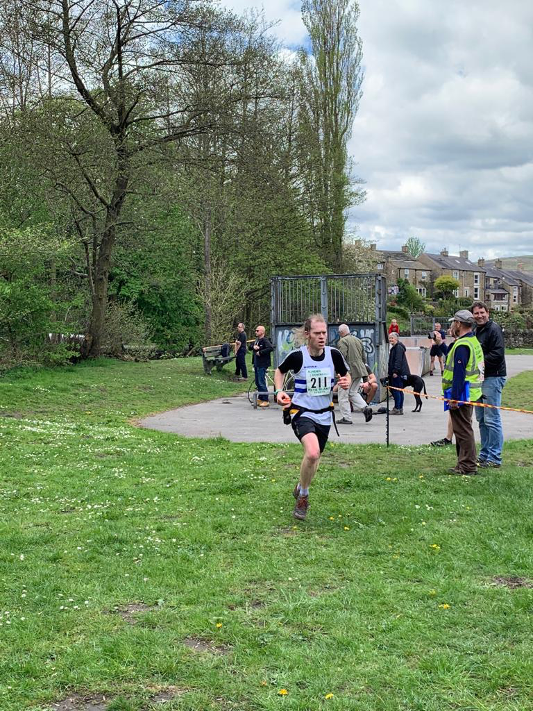 Kinder Downfall Fell Race 2019 Beeston Runner finishing